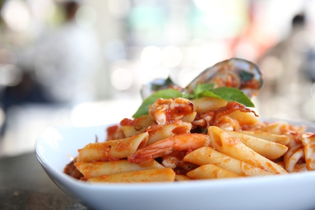 Spaghetti penne z owocami morza?
