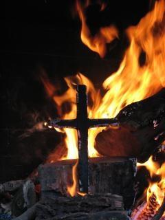 Spalenie krzyża, grzech