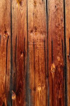 Spalona tekstura drewna sosnowego.