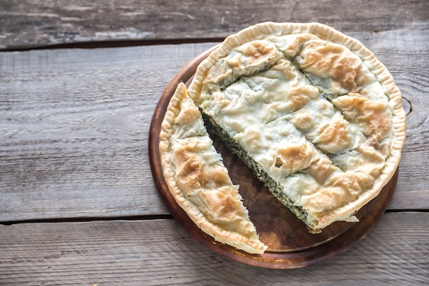 Spanakopita - greckie ciasto szpinakowe