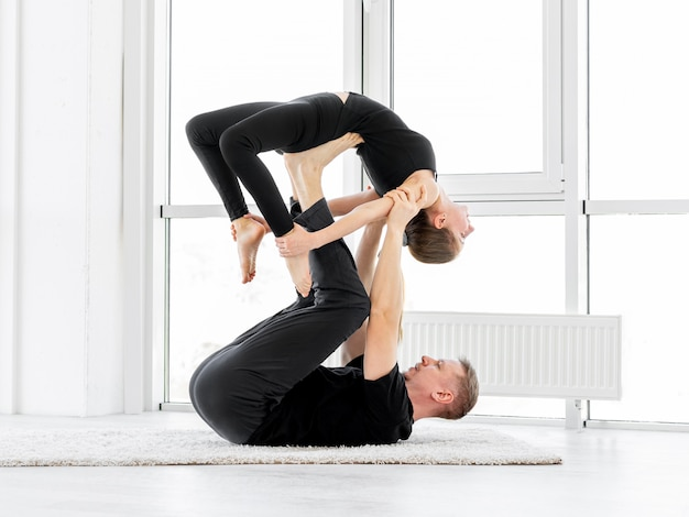 Sparowane ćwiczenia gimnastyczne