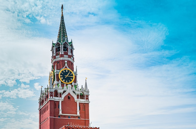 Spasskaya tower of moscow kremlin