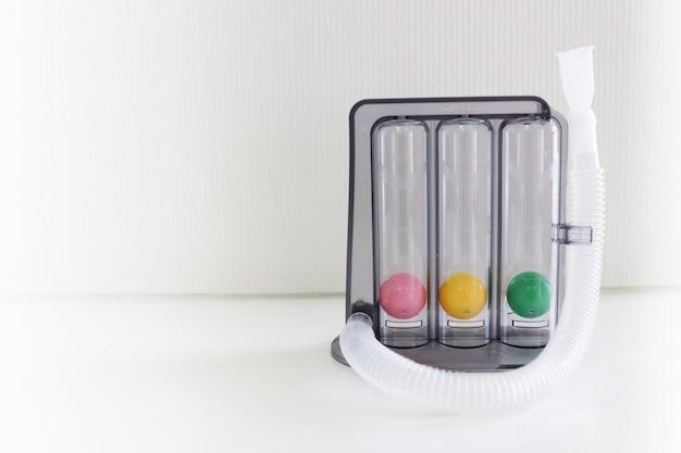 Spirometr motywacyjny triflow do ćwiczeń inhalacyjnych
