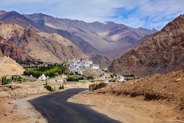Spituk gompa, ladakh, indie