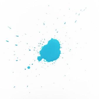 Splash niebieskiej farby