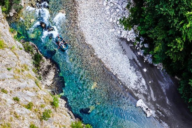 Spływ górską rzeką