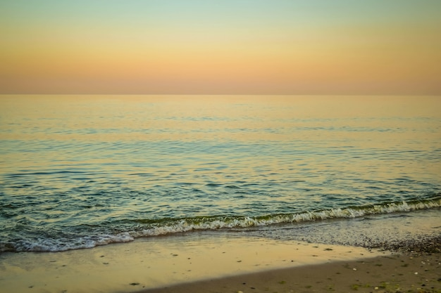 Spokojne morze wieczorem i rano filtr