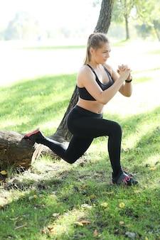 Sport na świeżym powietrzu, jogging dziewczyna, jogging dziewczyna