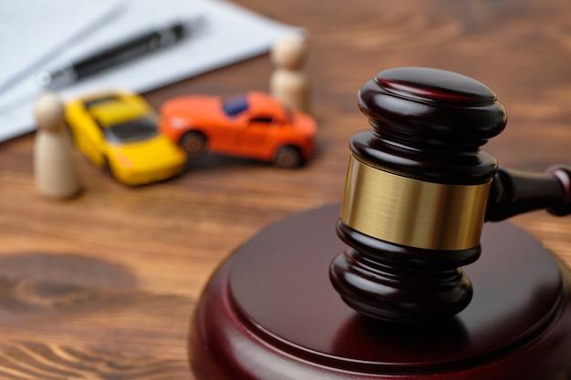 Spory sądowe w koncepcji wypadków samochodowych
