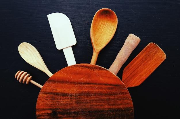 Sprzęt kuchenny na blacie kuchennym