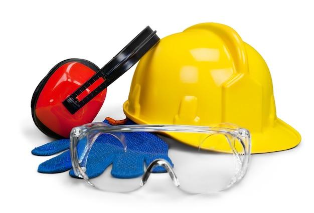 Sprzęt ochronny – kask, gogle, rękawice i ochrona oczu