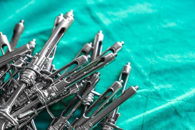 Sprzęt stomatologiczny tle