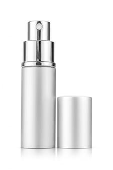 Srebrna tuba z rozpylaczem do makiety projektu produktu kosmetycznego