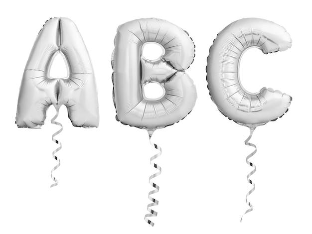 Srebrne chromowane litery abc wykonane z nadmuchiwanych balonów z wstążkami na białym tle
