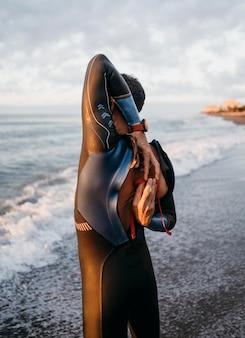 Średni strzał męski kostium kąpielowy z suwakiem