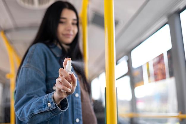 Średnio strzałowy pasek dezynfekujący dla kobiet