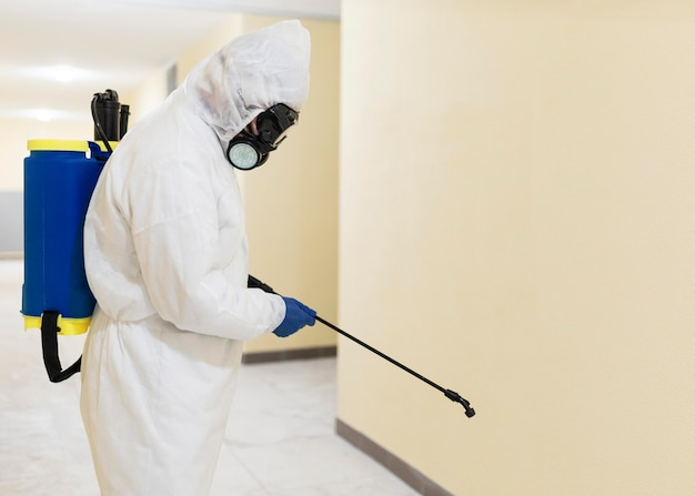 Średnio strzałowy środek dezynfekujący dla mężczyzn