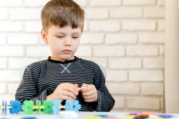 Średnio zastrzelony dzieciak jest kreatywny