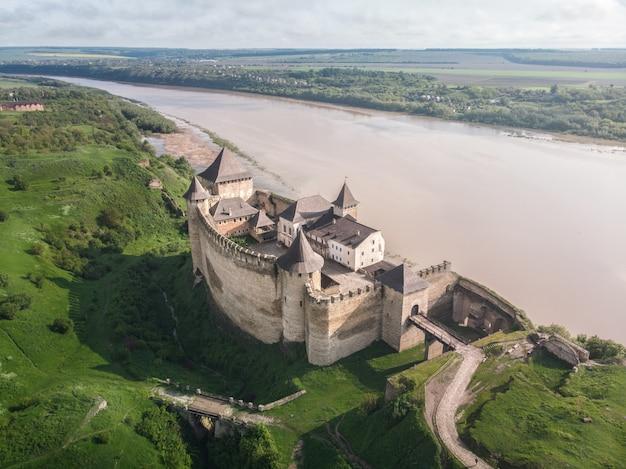 Średniowieczna twierdza twierdza w chocimiu - widok z góry