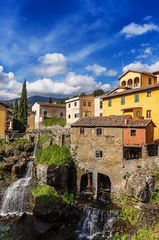 Średniowieczne miasto loro ciuffenna