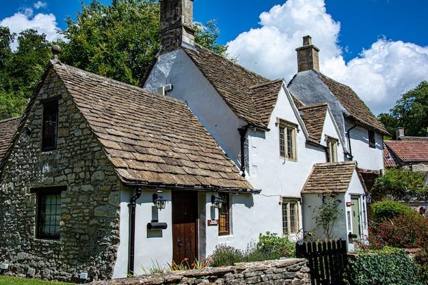 Średniowieczny domek w cotswolds