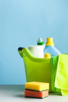 Środki czystości do czyszczenia, dezynfekcji domu