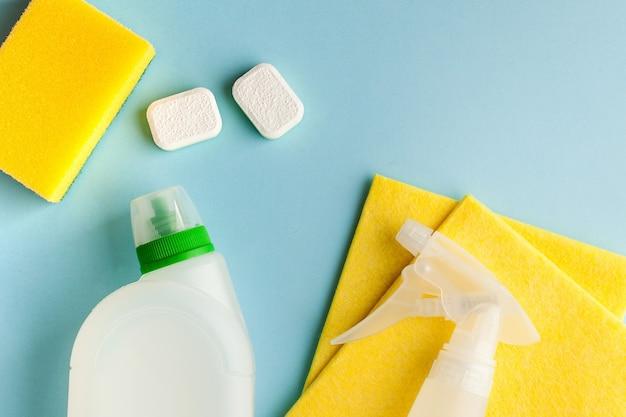 Środki czystości do sprzątania, dezynfekcji domu, pomieszczeń
