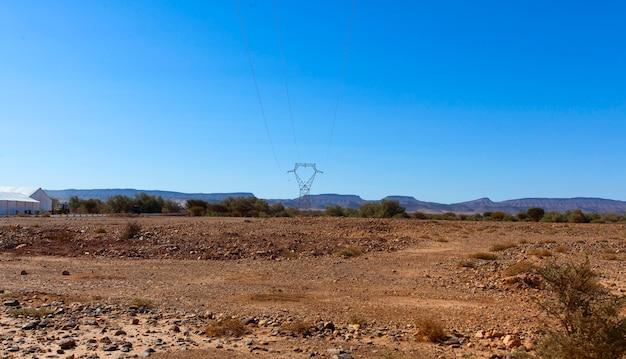 Ssa-zag, marokański skalisty pustynny krajobraz