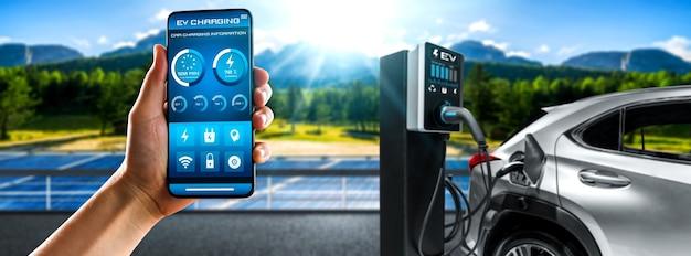 Stacja ładująca ev do samochodu elektrycznego z wyświetlaniem statusu ładowarki w aplikacji mobilnej