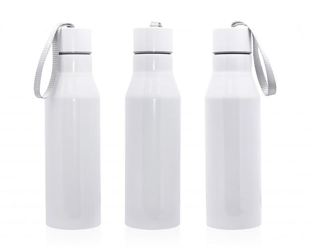 Stalowa butelka odizolowywająca na białym tle. izolowany pojemnik na napoje do projektowania.