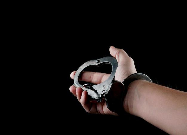 Stalowe kajdanki specjalnego sprzętu policyjnego, kajdany