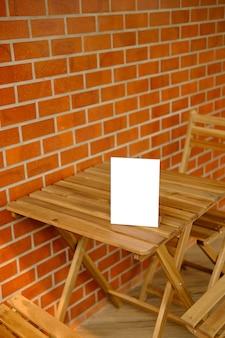 Stand mock up ramka menu karta namiotu rozmyte tło projekt kluczowy układ wizualny.