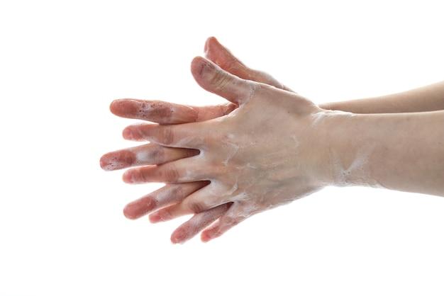 Standardowe działanie do mycia rąk za pomocą dezynfekującego piany środka dezynfekującego