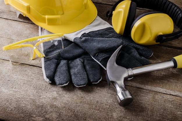 Standardowe wyposażenie bezpieczeństwa konstrukcji