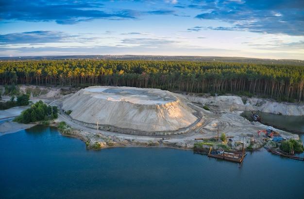 Stanowisko do ekstrakcji i czyszczenia piaskownic