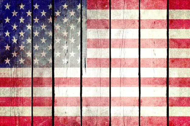 Stany zjednoczone grunge drewniane flagi.