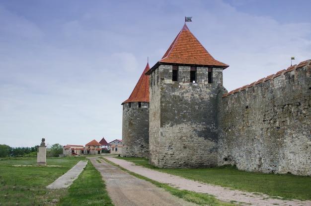 Stara forteca nad rzeką dniestr w miejscowości bender