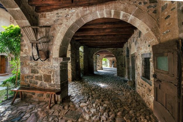 Stara historyczna wioska cornello dei tasso w brembana doliny bergamo północy włochy