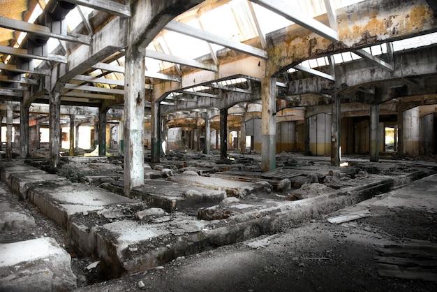 Stara opuszczona fabryka