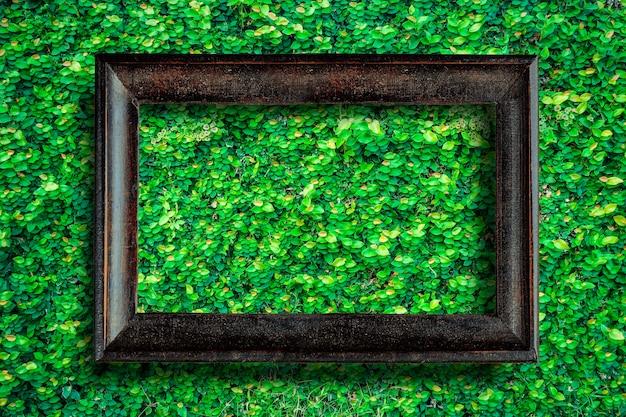 Stara rocznika obrazka rama z przestrzenią