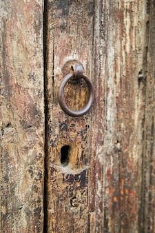 Stare drewniane drzwi