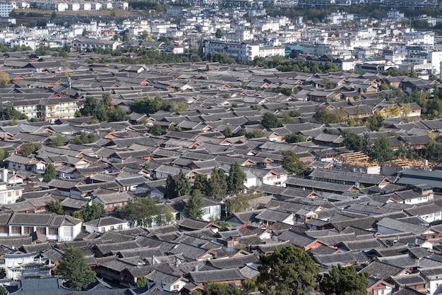 Stare miasto lijiang (wpisane na listę światowego dziedzictwa unesco). słynny punkt orientacyjny w lijiang, yunnan, chiny.