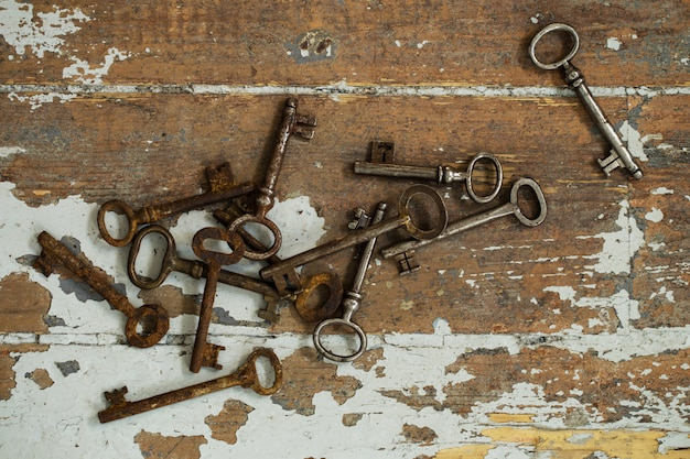 Stare ozdobne klucze