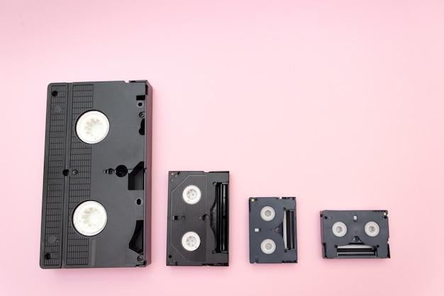 Stare taśmy wideo mini dv, koncepcja retro.