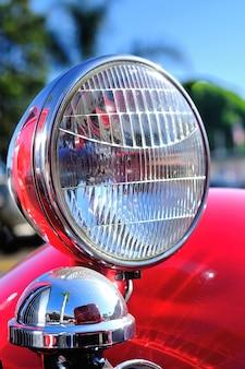 Staromodny reflektor w stylu vintage