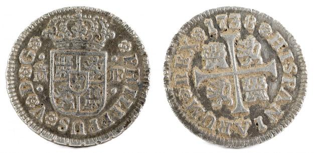 Starożytna hiszpańska srebrna moneta króla filipa v. 1738. ukuwana w madrycie. medio real.