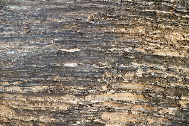 Starożytna jaskinia z granitowej powierzchni z blachy do wewnętrznego odcienia rdzy