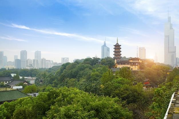 Starożytna pagoda świątyni w nanjing w chinach
