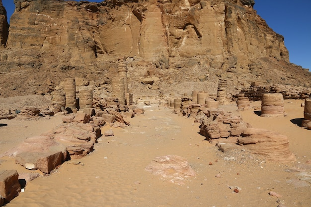 Starożytna świątynia Faraona W Jebel Barkal, Sudan Premium Zdjęcia