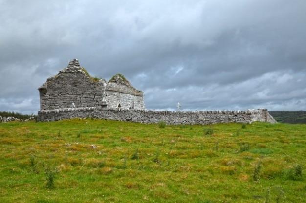 Starożytne ruiny kaplicy hdr